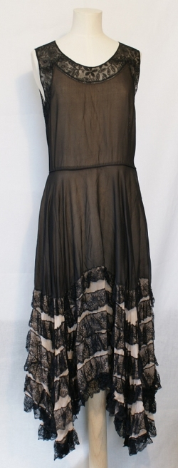Black and Pink Chiffon Evening Dress 1920s